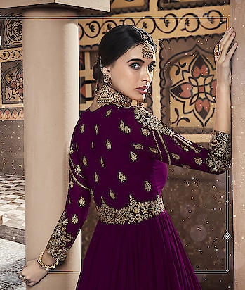 Designer Anarkali Suits, Heavy Embroidered With Stonework...😍💕 Price:- 5390/- For Order/Price What-app us (+91) 8097909000  * * * * #salwar #salwarsuits #dress #dresses #longsuits #suitsonline #motiwork #onlinefloralsuit #picoftheday #style #bestoftheday #love #designersuits #anarkalisuits #beauty #onlineboutique #celebrity #womenclothing #clothingboutique #womenwithstyle #fashionstyleclothes