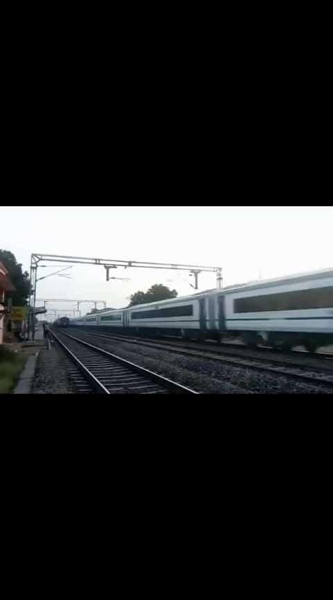 train 18 ka speed 180 kph