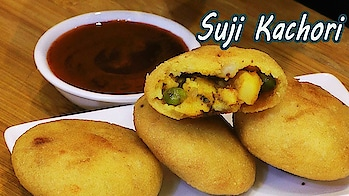 """Do try this crispy and crunchy """"Suji Kachori"""" recipe at home.. It's a very good tea time snack.. #ropo #roppo #roposo #ropo-foodie #recipe #recipes #recipeoftheday #recipevideo #cooking #crispyfood #snacks #snack #breakfast #breakfasttime"""