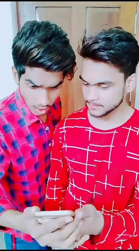 Meri item h ye😂Follow me on Instagram mr_shehzadaa @roposocontests Gagan Gagan @gagankaur1195 #teamshehzadaa  #hahatv #yourfeed #wow #roposo #risingstar #roposostar #non-vegjokes #beats #keeplovingme #keepsupporting #keepgoing #followme #foryou #foryoupage #acting #actor