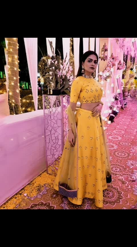 Sometimes, you have to be your own sunshine. Like literally 🌞 This gorgeous outfit is from @shivaniandjoy which was perfect for a traditional themed wedding. The thread work and the color was apt to stand out! ♡♡♡ To add that extra elegance, @shilpigoyaljewellery jhumkas were perfect and the pearl choker was super chic and beautiful ♡  #indianwedding #yellowlehenga #yellow #weddings #makeup #jewellery #choker #jhumkas #designer #outfit #aashimalamba #shilpigoyaljewellery #shivaniandjoy #thebasicrebel