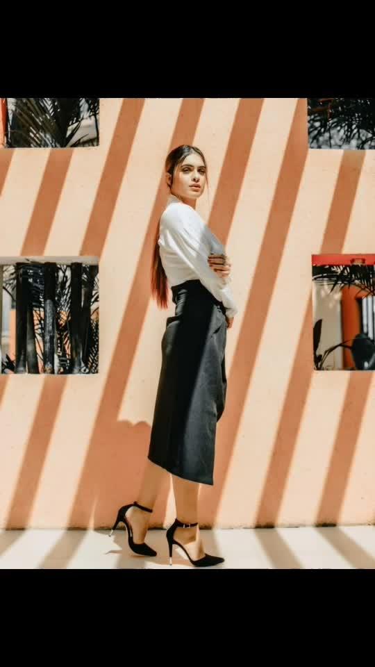 As the sun shines I will make hay to keep failure at bay for there remaineth a pay for  my honest toil each day....!! 😍♥️♥️ : This amazing skirt with top from  @drobekart 🤩🤩 : #sunlight #sunshine #sunshinegirl #formals #formaldress #formallook #whitetop #blackskirt #goodhairday #shooting #shoot #shootdiaries #photoshoot #stylish #fashionblog #fashionista #fashionblogger #styleblogger #drobekart #bossbabe #boldandbeautiful  #nehamalik #model #actor #blogger #instafashion #instagood #xoxo : : Mua @makeupbysanjam_  Hair @makeupbysabashaikh  PC @dhavalgajjarphotography