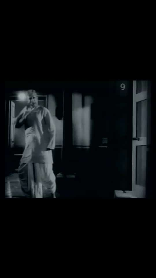 #sadness #sivaji_ganesan                         எந்த காலத்திற்க்கும் பொருந்தும் பாடல்