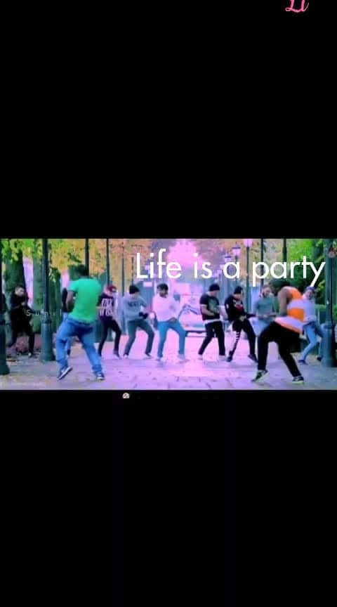 #lifestylepost #likeroposo #lightnbrightcolors #lifeline #lifestylebloggerindia #love-life