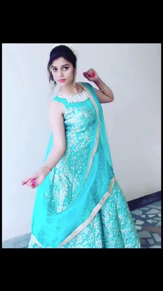 #wedding #wedding-outfits #wedding-dress #weddingpartywear #wedding-makeup #marriageseason #girl #women #weddinglook #ootd #natural-look