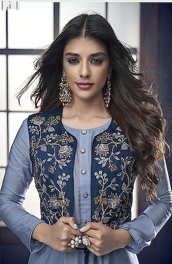 Latest Designer Heavy Embroidered Georgette Palazzo Suits Collection...❣ Top Full Stitch with M, L, XL, XXL Size  ✨Price:- 2650/- ✨For Order/Price What-app us (+91) 8097909000 ✨Worldwide Shipping ✨Quality Assured ✨Custom Stitching  #salwar #salwarsuits #dress #readymadesuits #readytowear #dresses #longsuits #suitsonline #embroidered #palazzosuits #palazzofashion #floral #fashion #style #palazzodress #shararastylesuits #classy #designer #partywear #partyweargown #exclusive