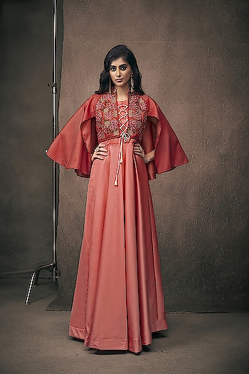 Exclusive Ready to Wear Gowns...❣ Price:- 2450/- Top Full Stitch with Size M, L, XL, XXL For Order/Price What-app us (+91) 8097909000 * * * * #readymadegown #readytowear #dresses #longsuits #suitsonline #embroidered #onlinefloralsuit #floral #fashion #style #gown #gowns #classy #designer #partywear #partyweargown #exclusive #ethnic #floralprinted #love #us #uk #usa #international #worldwideshipping