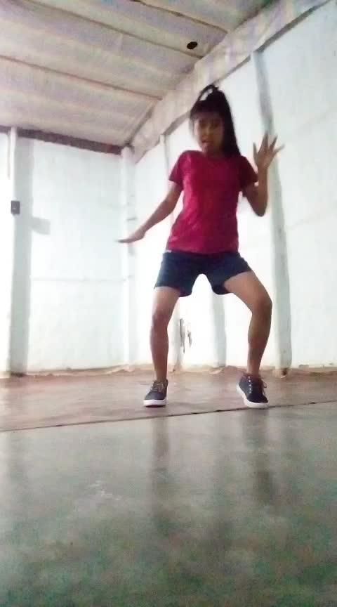 #bedardiraja #hiphopdance #dancerslife #assamgirl #assamese #bollywooddance #bollyhop Roposo @roposotalks @roposocontests @roposotutorial @roposobusiness