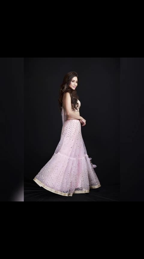 Be the most gorgeous Bridesmaid !! Look unique and make a statement in this absolutely gorgeous Pink pearl Designer Lehenga !! Check out the latest collection only at www.rentanattire.com Feel free to call us at : 7722009477.  #weddings #wedding #rentyourlook #rentanattire #bridesmaids #rentingisthenewbuy #pune #delhi #dehradun #designerlehenga #greydress #wedmegood #fashiononren #instapic #ootd #instagram #friendswedding #bffweddinggoals