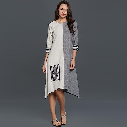 Lovely Gray-White Colored Casual Wear Cotton Kurti 😍 Price:- 1060/- To Order WhatsApp us (+91) 8097909000 * * * * #kurtis #gown #partywear #kurti #onlineshop #yellow #loveyellow #onlinekurtis #kurtisonline #dress #indowestern #ethnicwear #fashion #salwarkameez #longkurtis #ethnic #womenwear #style #stylish #love #socialenvy #beauty #beautiful #pretty #swag