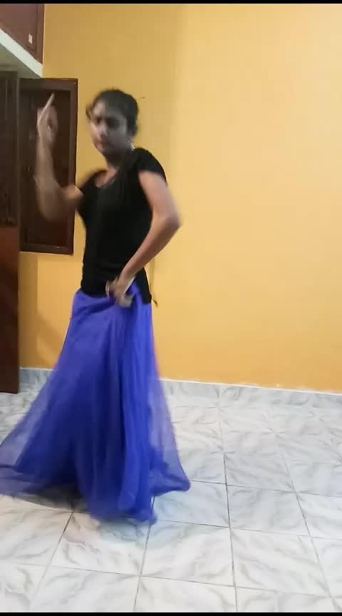 #zingaat  #dancevideo  #roposo-dance  #dancingqueen  #dancingmoves  #dancingdiva  #yashasvi_sharma