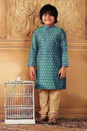 #CottonIndia  #kidsfashion #Kurta in #kidskurtapajama in #Digital Print #ropo-msti #cottonkurta with contrast  #bottom #kidskurta #kurtapajama#indianwear #indiafashion #onlineshopping #sylist #fancykurtapayjama to know more please whats app on +919820936178