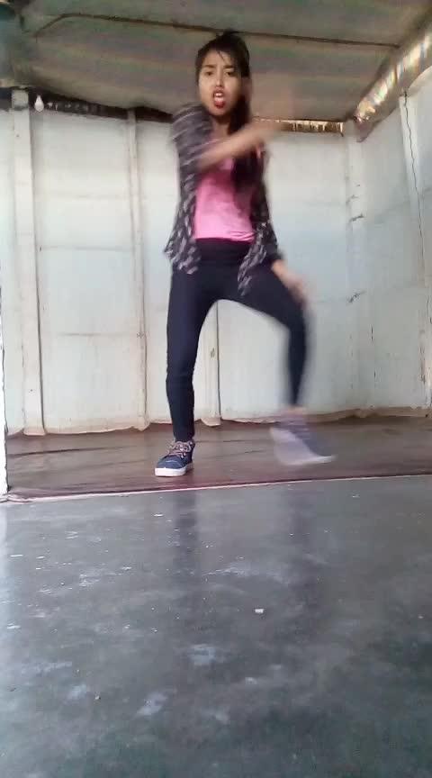 #dance #ailare #ailareladkimast #hiphopdance #assamesegirl #assam #roposo-dancer #staroftheweek #roposo-stars @roposocontests @roposotalks @roposotutorial Roposo