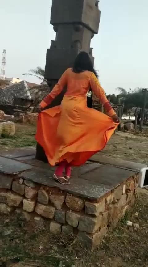 #MakingVideo #NinneChusaneOPilla #AlbumVideoSong #MaheshMachidi  #NinneChusaneOPilla  #tiktokcringe  #celebreties #celebrities_news #famouscelebrities #fashionstyle #fashionshow #celebritiesofinstagram #fashionlook #style #styleinspo #styled #stylebook #styler #styleicon #styles #styleseat #videosongs #tamilvideosongs #telugucomedyvideos #tiktokmemes #tiktok #tiktokvideos #songs #albumcover #albumsongs