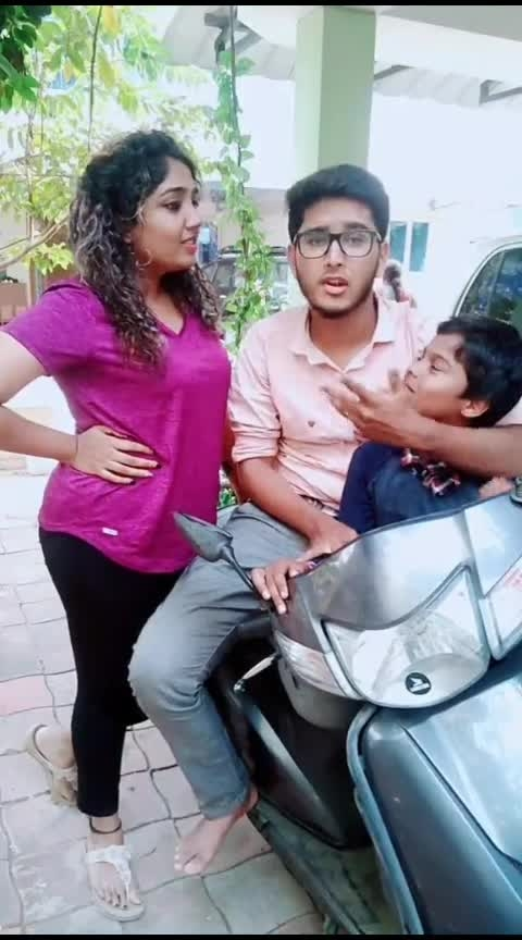 Nei kolandha mari uh irukan!??😂😂😂 With my fav @saravanasudan  . . #sivakarthikeyan #sk #maankarate #tinbeer #beer #sivakarthikeyan_lovers #skfans #crazyus #tamilmusically #tamilcomedy #comedytamil #comedyvideo #tamiltroll #tamil #tamilmuser #tamildailogue #tiktokdance #tiktoklove #tiktoktrending #tiktokviral #tiktokcomedy #roposo #ropostar #raisingstar #saravanasudan #saravana_sudan #monisha #curlyqueen #curlyhair