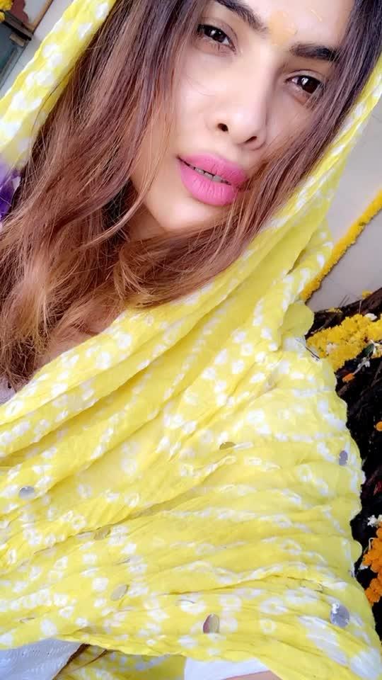 ॐ नम: शिवाय ... हर हर महादेव..🙌😇 : #harharmahadev #happymahashivratri #mahashivaratri #mahashivratri2019 #shivratri #shivratri2019 #auspicious #blessed #blessedday #fasting for #lordshiva #mahadev #shivji #omnamahshivay #blessings #prayers #godblessyouall #stayblessed #nehamalik #model #actor #blogger #instagood #instafollow #instalike #indianfestival #festivalvibes