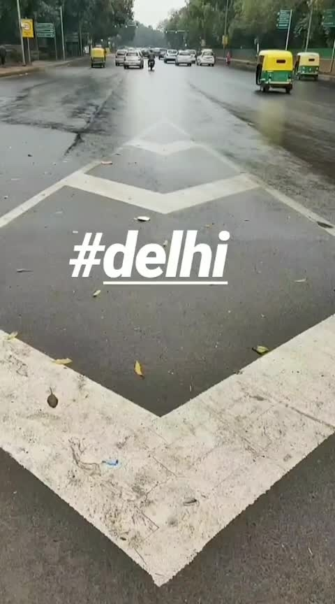 #rainy loveee #rainy #rainyday #earlymorning #photographylovers #boomerangescapades #reviewblogger #delhibloggercommunity #delhi #delhi-ncr #veer #new #goodmornig # #indiantourism i #indiagatedelhi  #oneplus5t