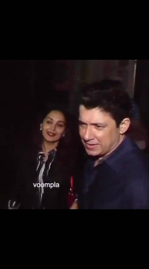 Date night with the fam! Madz steps out with bae Dr Ram Nene ❤️❤️ #bollywood  #madhuridixit  #madhuridixitnene  #ramnene  #ramnene  #bollywoodstyle  #bollywoodfashion  #mumbaidiaries  #delhidiaries  #datewithhubby  #hubbywifeytime  #indianactress  #bollywoodactress  #bollywoodactresses #love #dance #party #salmankhan