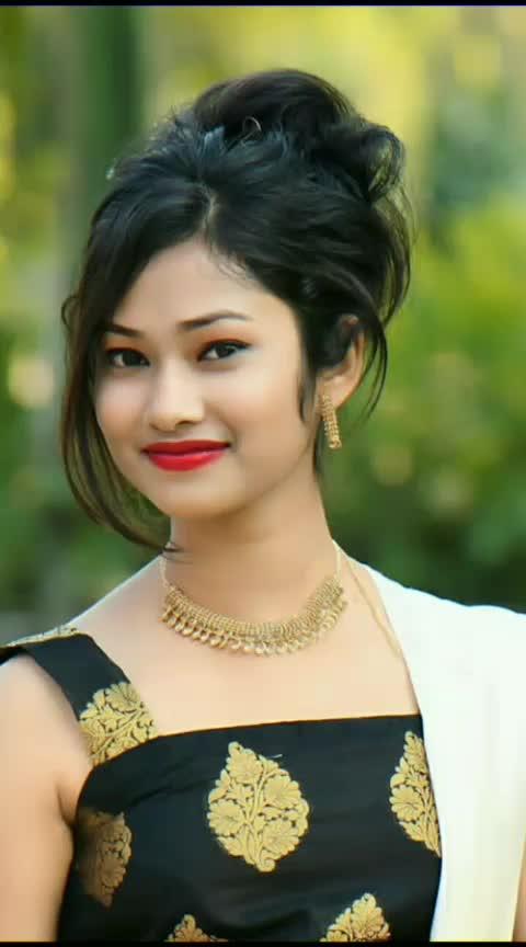 #cutegirls #masti_time #bold-is-beautiful #ladkiaankhmare #ladka-aankh-mare #roposo-star #rising_star_on_roposo #sexy-face