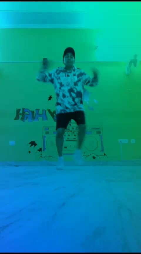 #Roposo #hiphopvideo #hiphopdance #hiphopmusic #hipster
