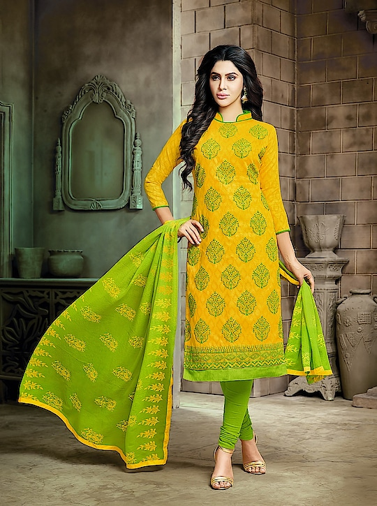 Classy Cotton Printed Salwar Suits Collection 😍 Price:- 1200/- To Order WhatsApp us (+91) 8097909000 * * * * #salwar #salwarsuits #dress #dresses #longsuits #suitsonline #banarasi #suitwithbanarasidupatta #embroidered #onlinefloralsuit #floral #printedsuits #printed #straightsuits #dupatta #fashion #stylish #love #shopping #ethnic #onlineboutique