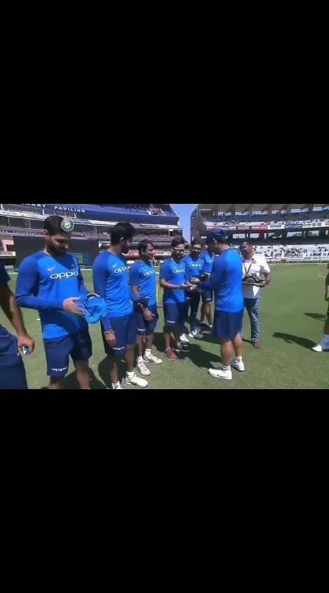 #proudtobeanindian #proudmoment of our Indian players #greattrebute or our Indian Army. #JAY HIND####🇮🇳🇮🇳🇮🇳🇮🇳 Thanku Indian cricket 🏏 team. #👉meninblue