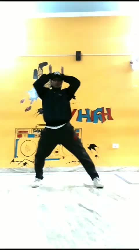 #hiphopdancers #roposo #feelinggood #dancevideoindia