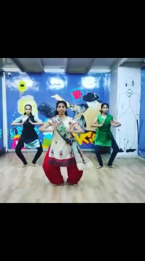 #BHARATANATYAM - #Jatisvaram Item With #Sonam #Vora 4th Year Girls Learned Today 09-03-19 In Just 1.30hrs Bravo To All Of Them..