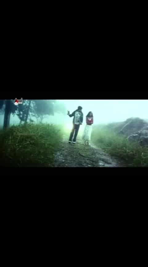 Ninna naguvinalli nanna nasuku.......❤ #mogginamanasu #yash #yashika #radhikapandit #roposo_song