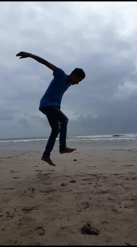 flips life❤ #beachday #gymfreak @roposocontests