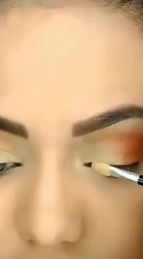 #my-eyemakeup