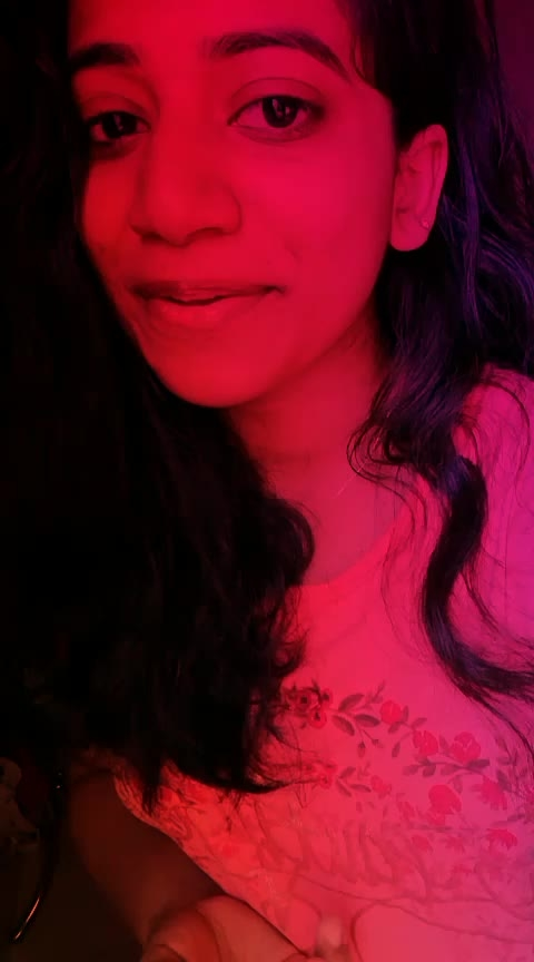 enthinu veroru sooryodhayam #singer #NonTrainer #risingstar #ropo-girl #ropososinger #roposostarschannel #roposostar #musiclover #malayalamcover