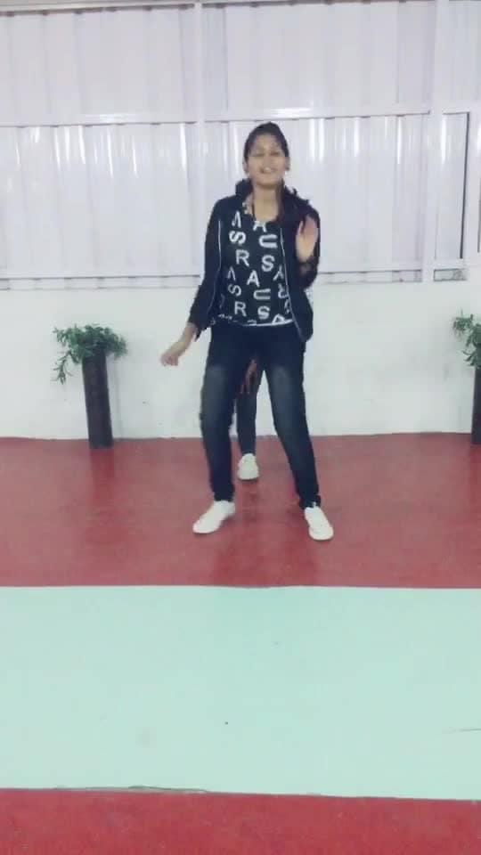 #petta #rajini #aniruth #roposo-dance #roposo-tamil #roposotamilsong #roposostyle #manibhai #cbe #coimbatore