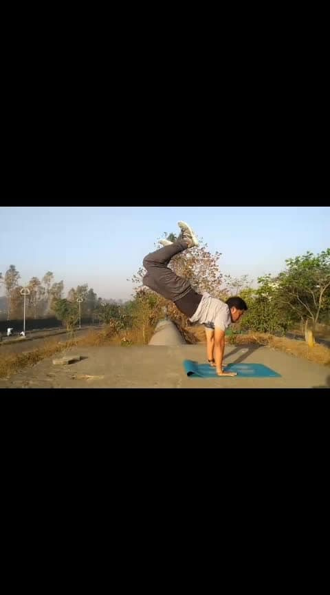🔥Body Shaper Circuit🔥 😎Thank God it's Monday!!!😎 Good mornings Guys!! Wakey Wakey!!! We are back with Monday Motivation series  Every pain of today  Will give you a better tomorrow  Sweat more gain more  Believe me it works!💯 3 Rounds 1 minute of work 15 sec rest after each round  1.Donkey Kicks 2.Burpees with jump variation 3.Kick squat 4.Cow strech 5.Kickback Pulse  #aerobics #mondaymotivation #elevatetogreat #instafit #instamotivation #curls #gym #hiit #kickboxing #jeetselalaesthetics #bodytransformation #weightlossjourney #transformation #weightlossworkout #fitnessindia #fittuber #humfittohindiafit #highintensitytraining #akshaykumar #indianarmy #marathiyoutuber #marathimulga #gymworkouts #bas5minuteaur #decathlonsportsindia #mumbaiblogger #