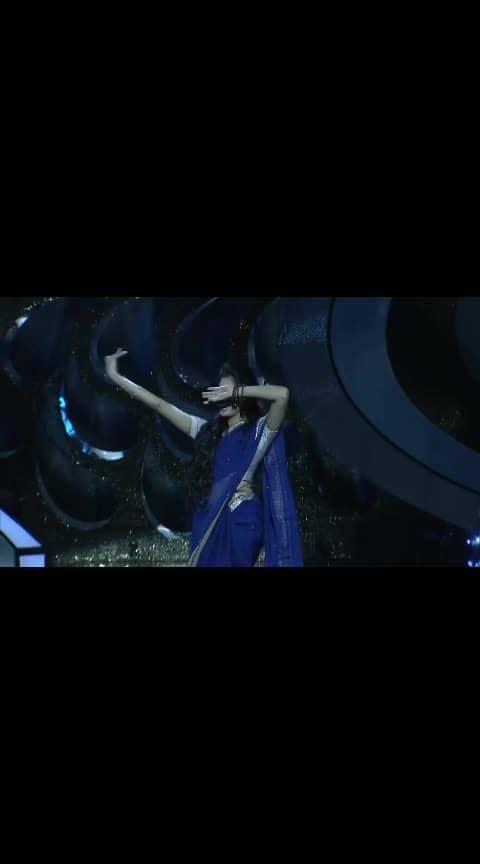 #Sai_Pallavi Dance Performance 😍❤️❤️