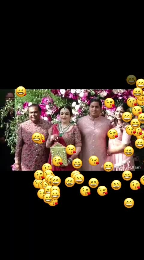 BB ki vines roasted the Ambani wedding guests! 🤣🤣🤣 #roposo-haha #haha-tv #roposohahatv #akashambani #ambaniwedding #bbkivines #roposo-funnyvideo #funnyvideo