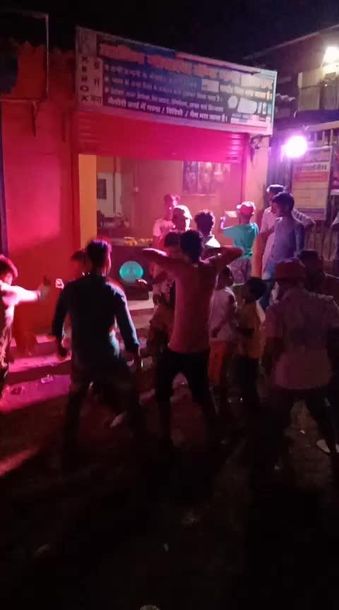 shiv sana parti dance