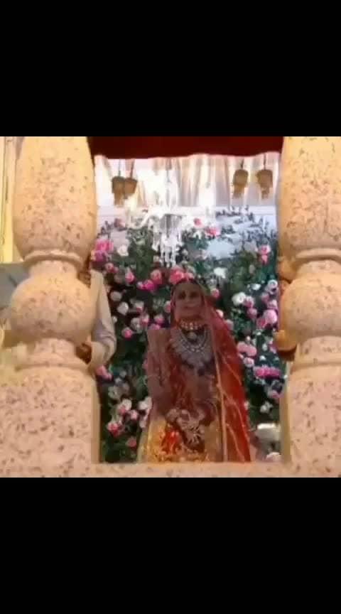 akash ambani reaction on seeing his bride #cute #akashambani #shlokaambani #akashshlokawedding