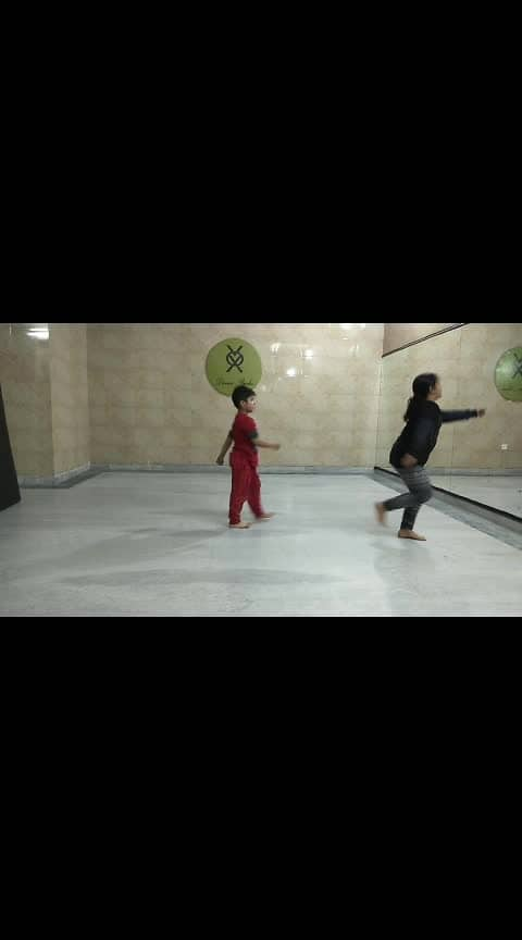 Hello guys please watch Vox dance studio students Bhaviya and Dhurv Choreography by self present dedicated to our pulwama martyrs soldiers 🇮🇳 ✔️It's results ✅           Yes  Vox dance studio training session step by step  A to Z   🔜Limited registration allowed only please register fast♒️🏃  Kids batch :- 5to 6 and 6to7 New batch start now 4to 5pm age limit in this batch 4to7 years only   💪 Training by Ajay Verma @ajayverma19999  ☎ Contact :- 8112266334, 8769034540  Please Like share and follow  Subscribe on YouTube https://youtu.be/8D1necWWhWQ #voxdancestudio➡️ part:-3 @roposotutorial  @roposocontests  @roposotalks  @roposocontestin  #vox #danceschool #dancetraining  #trainer  #danceclass #dancersss    #danceing #dancechoreography    #kidsdance #kidstv #kidsbatch  #talent #talented  #training #power #dedication #target #results #trainer #kids #batch #bacche #pulwamaattack #martyrs #soldiers #indian #army #khoonchala #song #music #indiandancer #indian   #indipendanceday #indianculture #roposodance