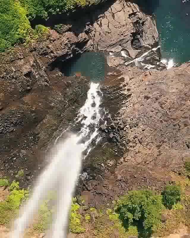 #super-sexy  #wow #roposo-wow  #foryou #roposofever  #beats  #roposostar #amazing #amazingscene #beauiful #roposo-beauty #ropo-beauty #natural-look #nature #riverisland #mountainlove #beautifulnature