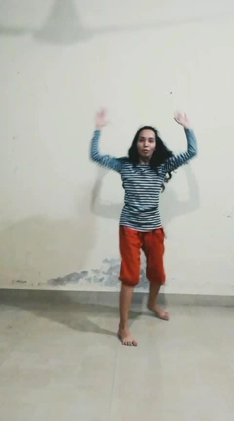 Apna time aayega #apnatimeayega #beatschannel #beatstv #roposostarchannel #roposostar #roposodancer #roposolove #roposo-dance #ranveersingh #aliabhatt @roposocontests @roposotalks @anshikagrover @fehmidababa