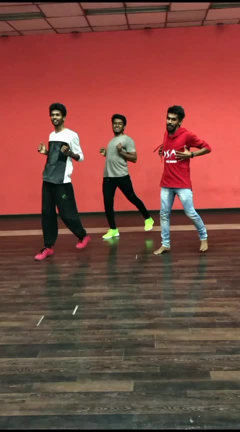 This beat😍🔥#dance #roposo-dancer #beats #star #risingstar #featureme #tamil #roposo #roposo-sexy #roposo-hot #roposoers