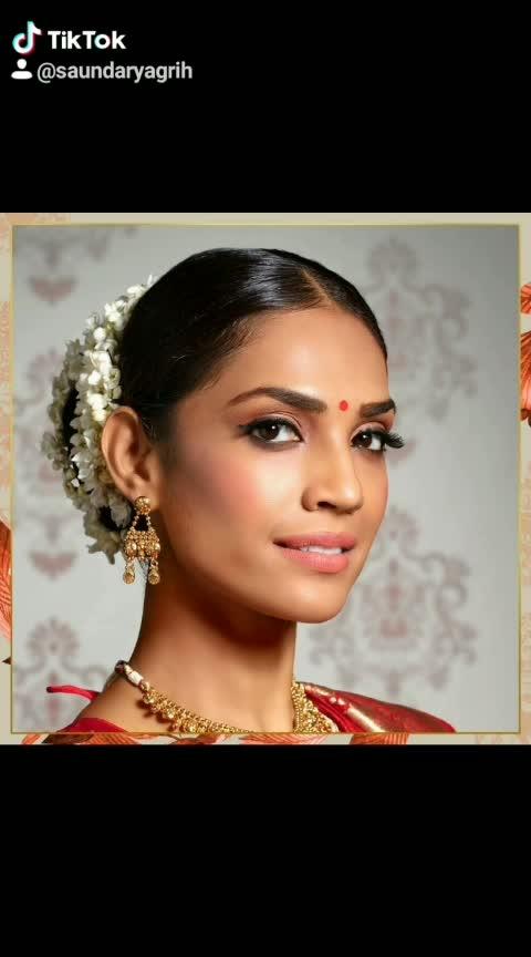 Get wedding ready with Lakmé! #Lakme #LakmeIndia #Makeup #Beauty #BridalMakeup #WeddingLook #WeddingReady #LakmeBridalBeauty