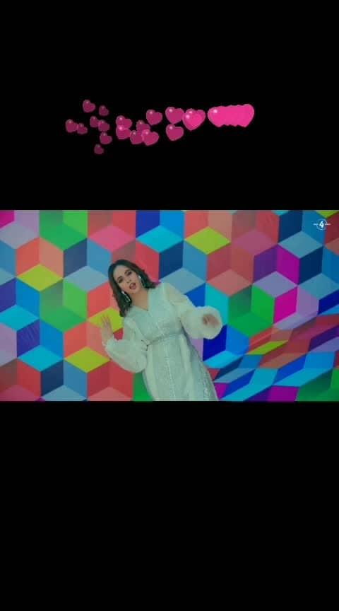 Ohto filter wali photoa gori kardi aay#sandalsunanda #punjabiway #trendingsong #trendinglive #topsong  #bestsong #punjabibeats #bestsong #lovelymusic #music #songs2019 @sunanda_sharma #sunandasharma #beats #roposong #bestvideo #videosongs #trendingonroposo #trendeing