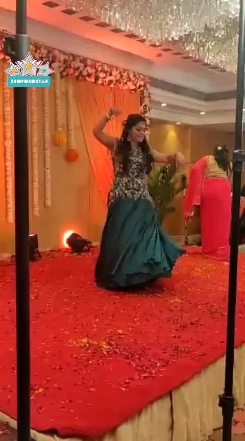 Dance Performance on Laung Laichi . #lookgoodfeelgood #fashionquotient  #roposo-beats #beats  #digi #roposo-soulful #soulful #punjabi #punjabiwaychannel #punjabiway #roposo-dailywishes #roposofever  #celebrationtime #celebrations #roposo-dance #roposedancer  #dance #weddding  #rangoli #roposostar #roposostars  #captured #fashionblogger #fastfashion  #twinklewithmystyle