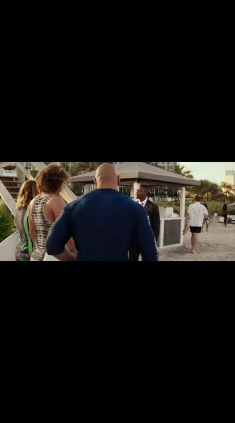 #therock #baywatch 😁💪💪