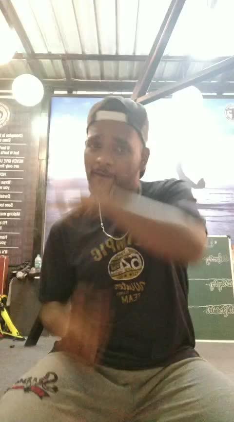 Duniya⭐️⭐️ #dance #roposo-dance #roposo-beats #beats #roposostar #duniya #lukkachuppi #ropsotrending
