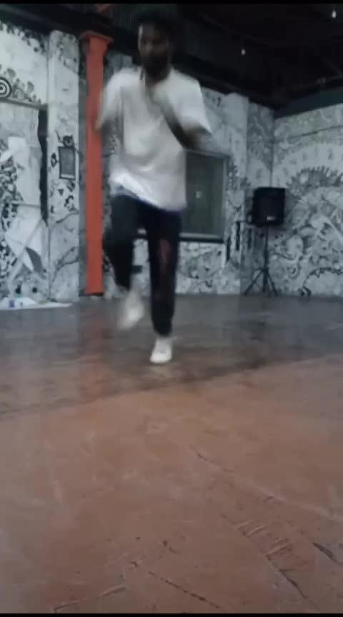 steup bring it #roposoness  #dancerslife  #bboying  #bboying  #breaker  #tamilanda