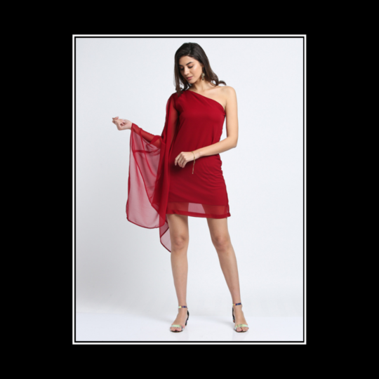 """The dress must follow the body of a woman, not the body following the shape of the dress."" —Hubert de Givenchy . . . . #trendarrest #trendyoutfits #partywear #dress #oneshoulder #fashionista #fashionworld #fashionnova #maroon #colour #shades #fashionmodels #westernwear #instalikes #instafollows #followforfollow #likeforlikes #instamodels #clothingbrand #fridayvibes #tgif #postoftheday"