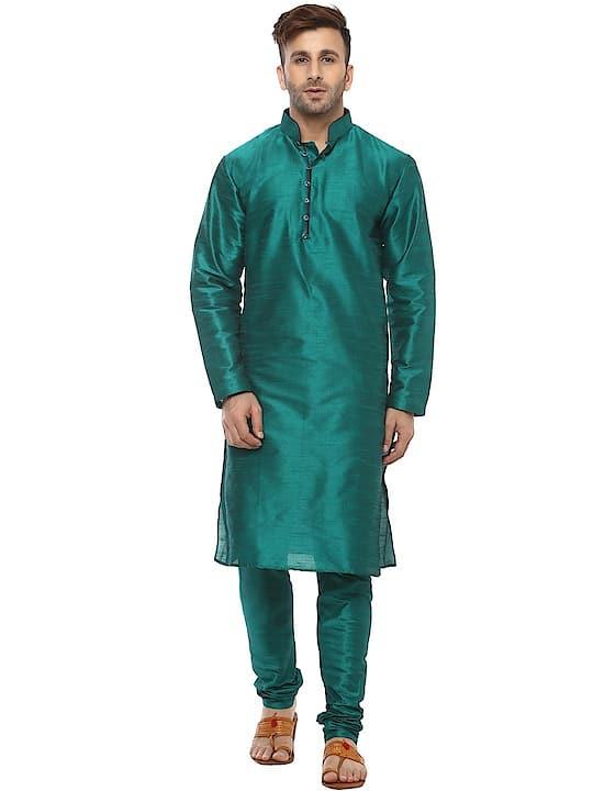 Hangup Green Color Dupain Silk Kurta Pajyma Set ₹1099 Features Sleeve : Full Sleeve Fit : Regular Fit Occasion : Festive Wear Work : Plain Length : Full Length Neck Type : Round Neck Type : Kurta Pyjama Material : Silk Blend